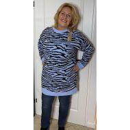 trui blauw zwar tijger